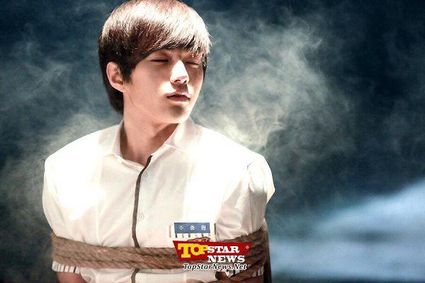 4-idol-hua-hen-se-thang-hang-dinh-nhat-man-anh-xu-han-2017 12