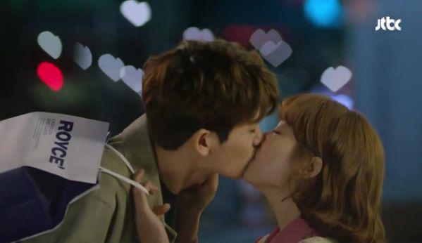 park-hyung-sik-anh-hung-xa-than-cuu-my-nhan-park-bo-young 14
