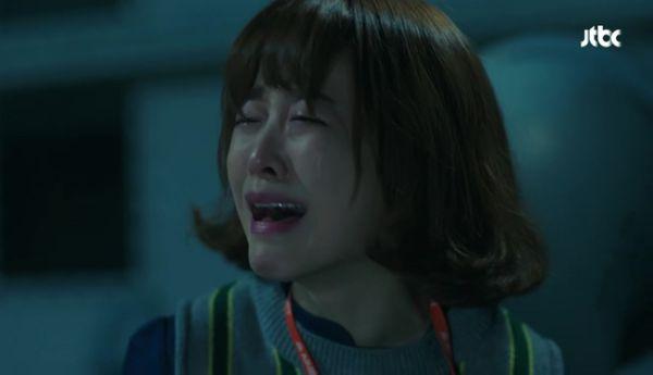 park-hyung-sik-anh-hung-xa-than-cuu-my-nhan-park-bo-young 4