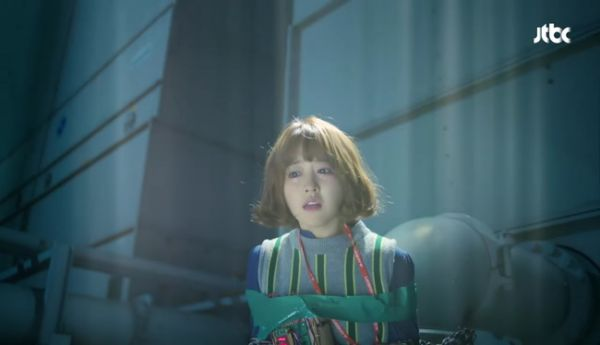 park-hyung-sik-anh-hung-xa-than-cuu-my-nhan-park-bo-young 5