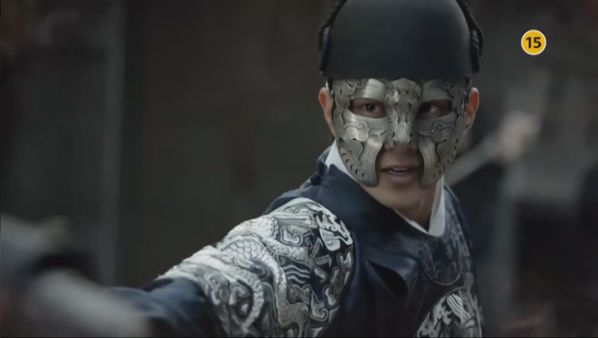 105-dai-chien-giua-suspicious-partner-va-ruler-master-of-the-mask 4