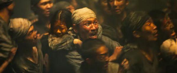 bom-tan-he-2017-battleship-island-song-joong-ki-cuc-ky-bui-bam 3
