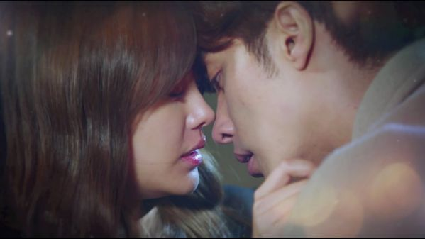 my-secret-romance-khoanh-khac-qua-dang-yeu-cua-cap-doi-chinh 1