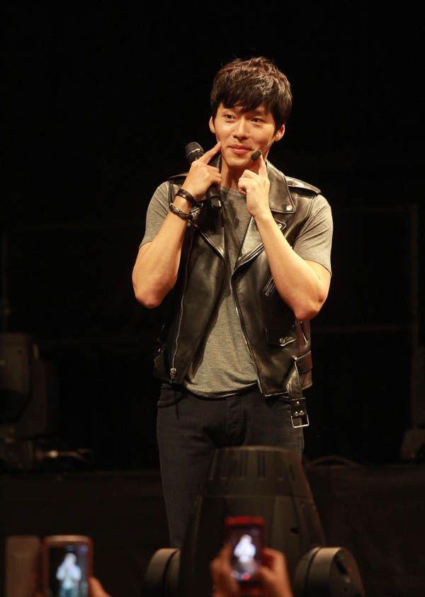 nhung-sao-han-chieu-long-fans-cua-minh-qua-u-la-dang-yeu 7