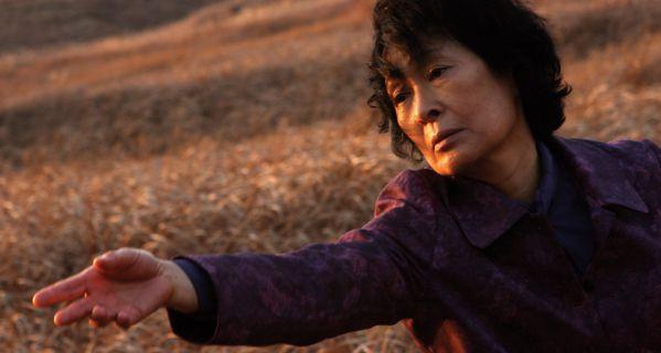 3-bo-phim-han-gay-soc-tren-the-gioi-chuyen-gia-cung-phai-nga-mu