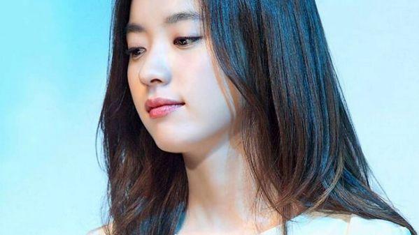 inlang-quy-tu-jung-woo-sung-kang-dong-won-va-han-hyo-joo