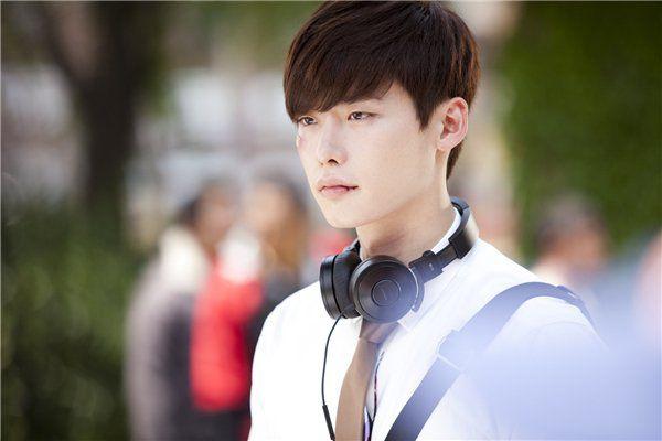 top-nhung-bo-phim-hay-nhat-cua-chang-my-nam-lee-jong-suk 4