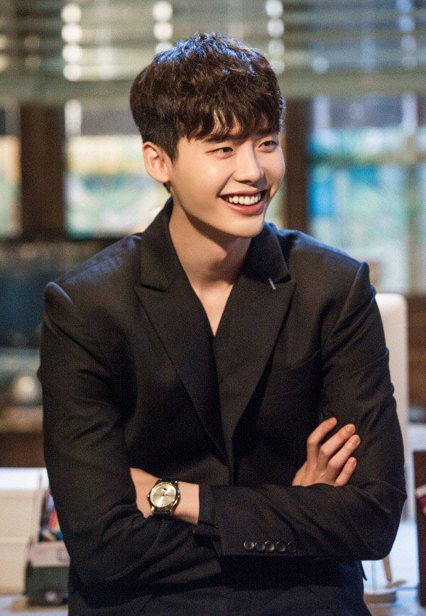 top-nhung-bo-phim-hay-nhat-cua-chang-my-nam-lee-jong-suk 8