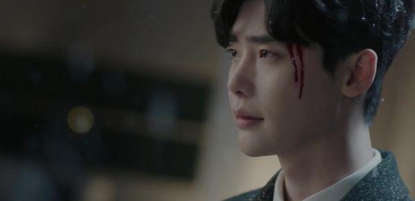 while-you-were-sleeping-lee-jong-suk-va-suzy-hon-nhau-tu-teaser-1 4