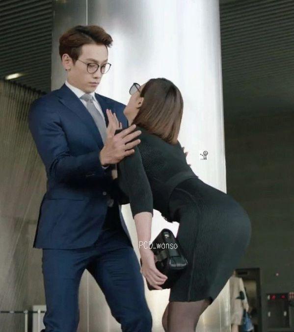 hoa-du-ky-duong-tang-oh-yeon-seo-xinh-dep-va-ngoi-ngoi-khi-chat 9