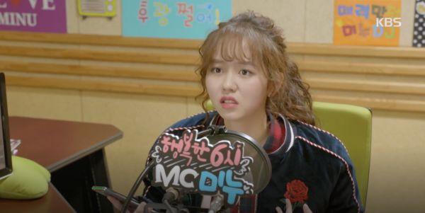 radio-romance-tap-1-kim-so-hyun-lieu-minh-lao-xuong-nuoc-lanh-buot