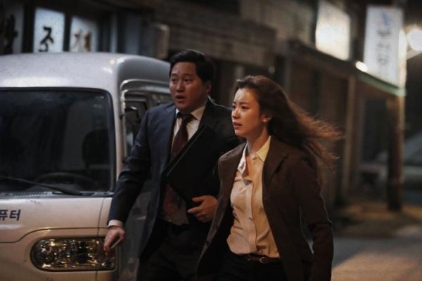 golden-slumber-phim-hot-cua-kang-dong-won-khuay-dao-valentine7