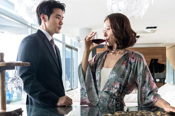 7-bo-phim-dien-anh-han-quoc-do-bo-man-anh-rong-thang-3-2018 2