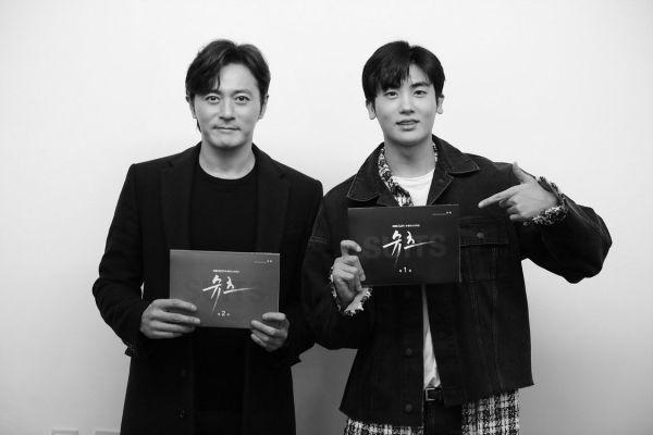 doc-kich-ban-suits-park-hyung-sik-va-jang-dong-gun-dep-hut-hon