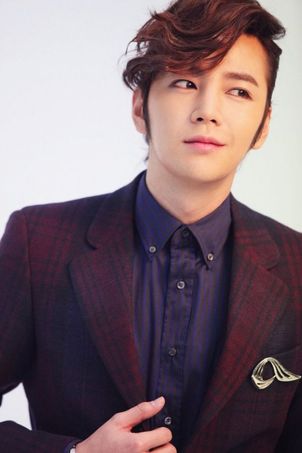 switch-change-the-world-drama-moi-cua-jang-geun-suk-sap-len-song 1
