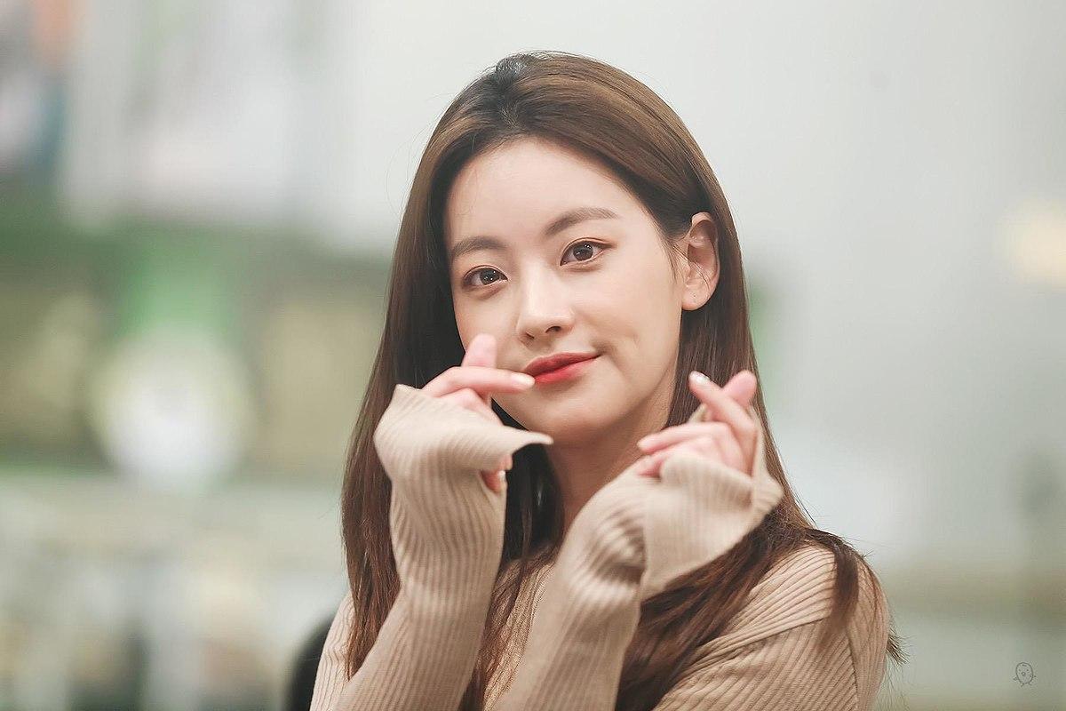 tat-tan-tat-ve-su-nghiep-nhung-bo-phim-cua-my-nhan-oh-yeon-seo