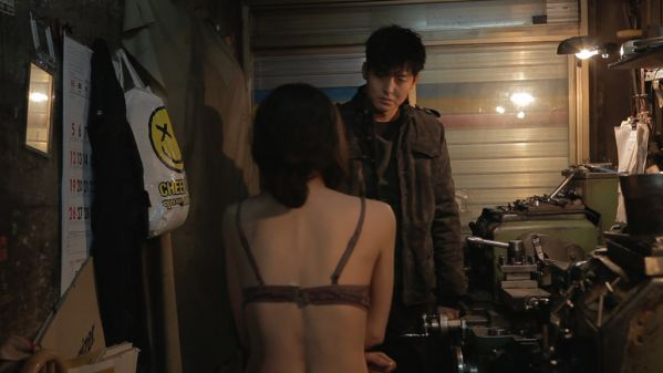 6-bo-phim-le-han-quoc-ve-bao-luc-tinh-duc-ban-khong-nen-xem 7