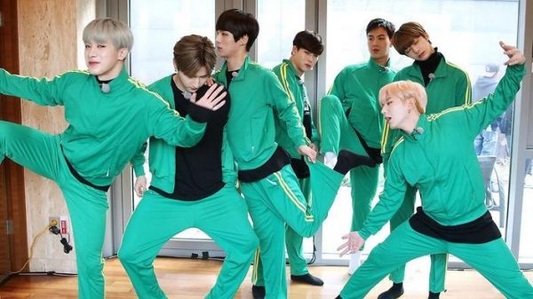 top-10-show-thuc-te-hay-cuoi-mach-rieng-cua-boygroup-kpop-han 1