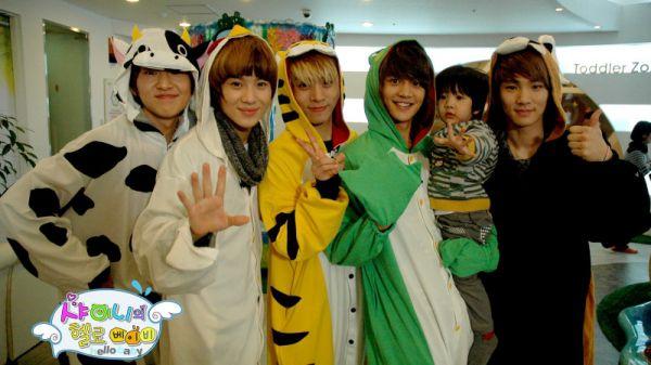 top-10-show-thuc-te-hay-cuoi-mach-rieng-cua-boygroup-kpop-han 8