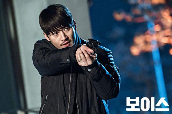 voice-2-lee-jin-wook-thay-the-jang-hyuk-dam-nhan-vai-chinh 2