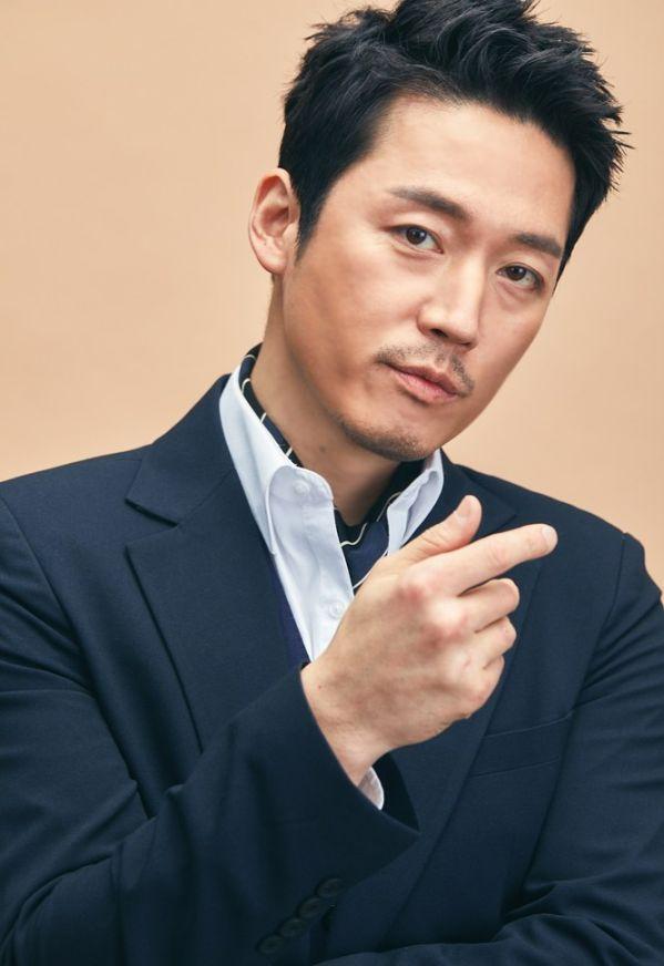 list-phim-bo-han-quoc-thang-5-2018-su-tro-lai-cua-idol-noi-tieng 2