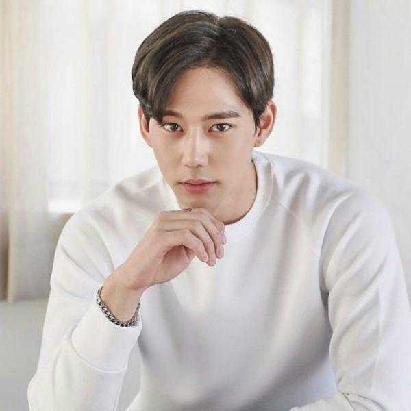 list-phim-bo-han-quoc-thang-5-2018-su-tro-lai-cua-idol-noi-tieng 5