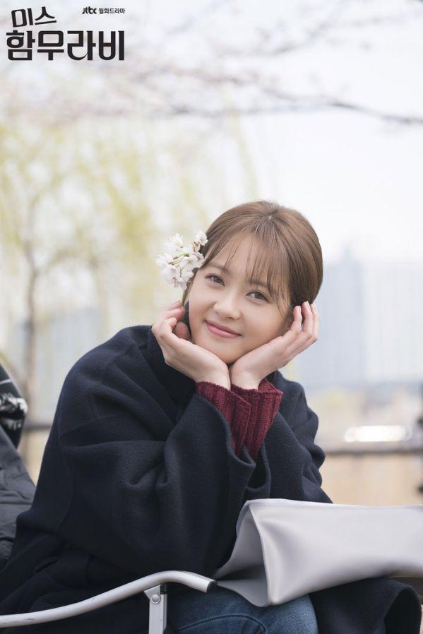 netizen-han-noi-gi-ve-phim-about-time-va-miss-hammurabi 2