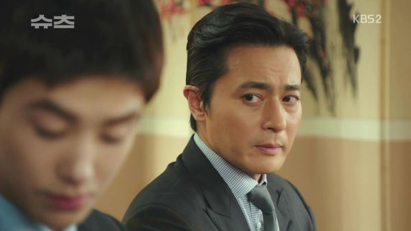 rating-tap-34-cua-phim-suits-tang-manh-nguyen-nhan-tai-dau