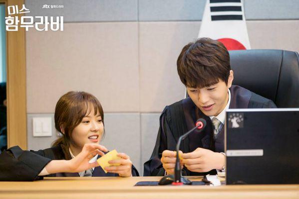 vi-sao-miss-hammurabi-hot-hon-about-time-cua-lee-sung-kyung 13