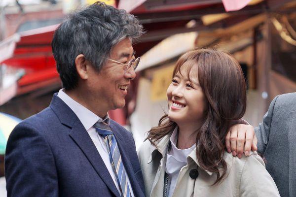 vi-sao-miss-hammurabi-hot-hon-about-time-cua-lee-sung-kyung 3