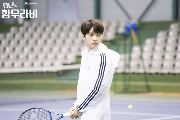 vi-sao-miss-hammurabi-hot-hon-about-time-cua-lee-sung-kyung 7