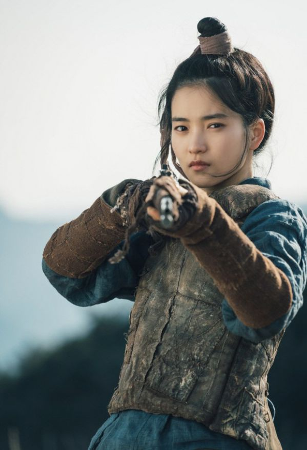 bom-tan-top-6-phim-han-quoc-sap-ra-mat-cuoi-2018-dau-2019 3