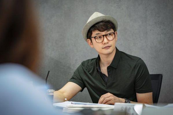doc-kich-ban-lovely-horribly-park-shi-hoo-song-ji-hyo-rat-nhap-tam 3