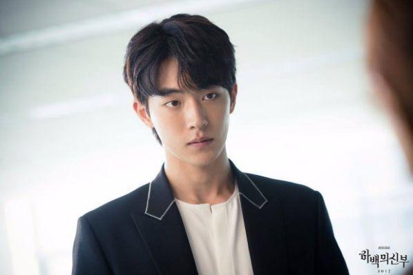 nam-joo-hyuk-tro-lai-cung-du-an-phim-because-its-my-first-love 1