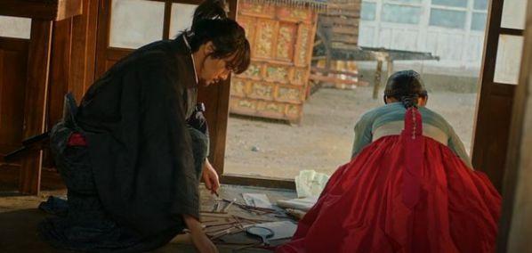 """""""Mr Sunshine"""" tập 5, 6: Eugene Choi tỏ tình với Go Ae Sin để trả thù?21"""