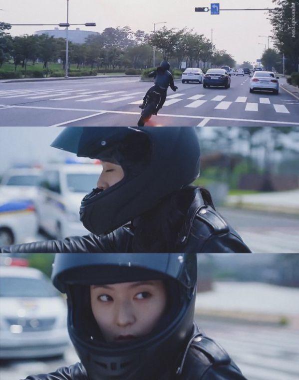 """Drama """"Player"""" tung teaser Krystal lái mô tô siêu ngầu hết chỗ nói 1"""