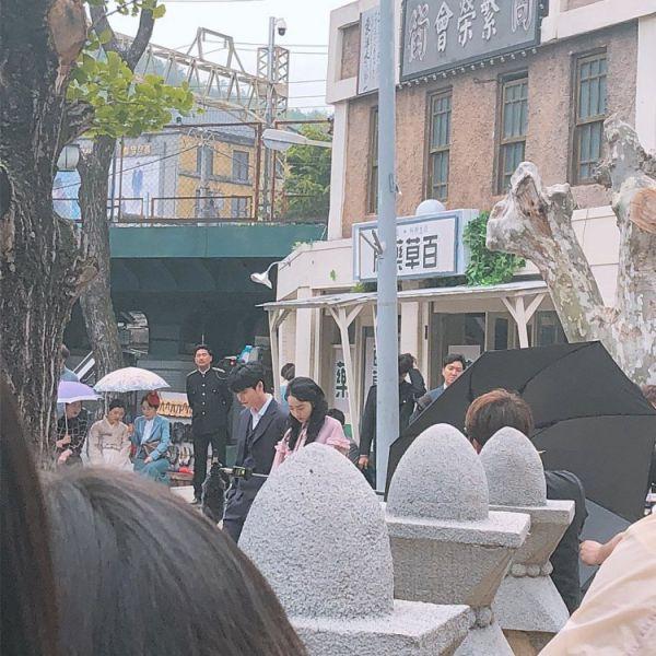 Hậu trường 'Hymn of Death': Lee Jong Suk, Shin Hye Sun tình cảm quá! 9