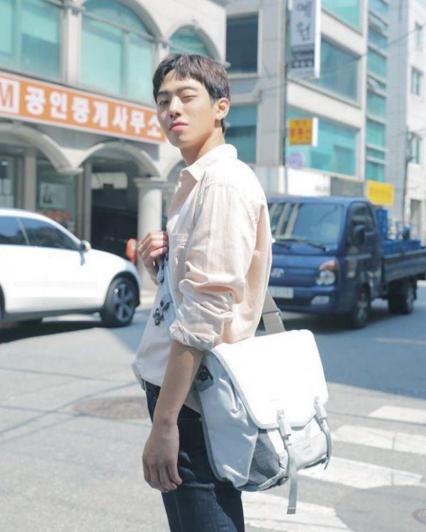"""Ahn Hyo Seop sẽ sánh đôi cùng Kim So Hyun trong """"Love Alarm""""? 4"""