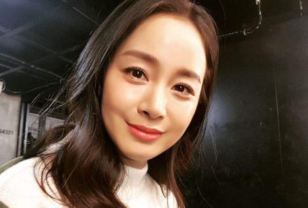 Kim Tae Hee và Song Hye Kyo trở lại đóng phim, Netizen Hàn nói gì? 1