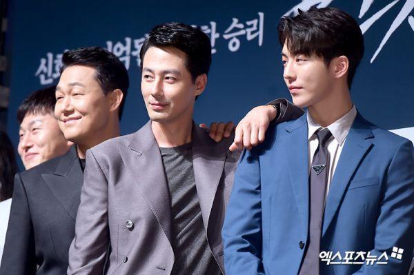 Nam Joo Hyuk tiết lộ anh luôn ngưỡng mộ Jo In Sung, xem nam tài tử như thần tượng - Ảnh 3.