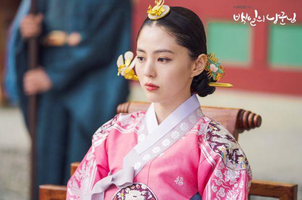 """Han So Hee: Mỹ nhân đang gây sốt trong """"Lang Quân 100 Ngày"""""""