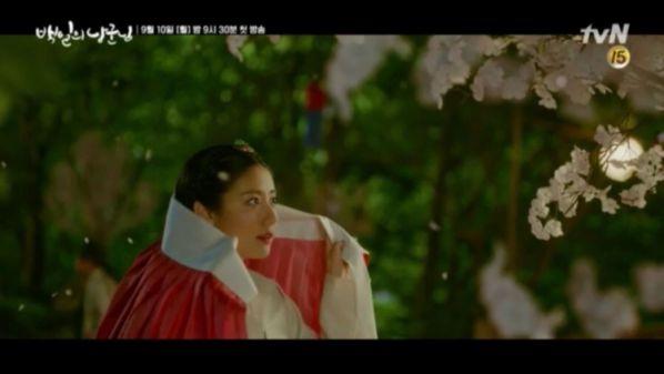 """""""Lang Quân 100 Ngày"""": Tuổi thơ đau thương của D.O. và Nam Ji Hyun 19"""