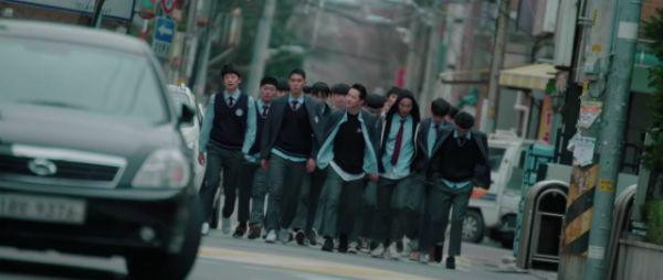 """Mọt phim nóng lòng muốn xem """"Dokgo Rewind"""" của Sehun là vì? 8"""