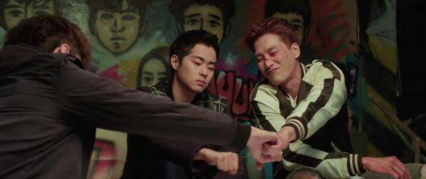 """Mọt phim nóng lòng muốn xem """"Dokgo Rewind"""" của Sehun là vì? 9"""