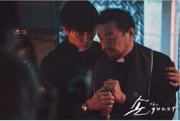 """""""The Guest/Vị Khách"""": Phim kinh dị Hàn mới sợ đến """"lạnh sống lưng""""4"""