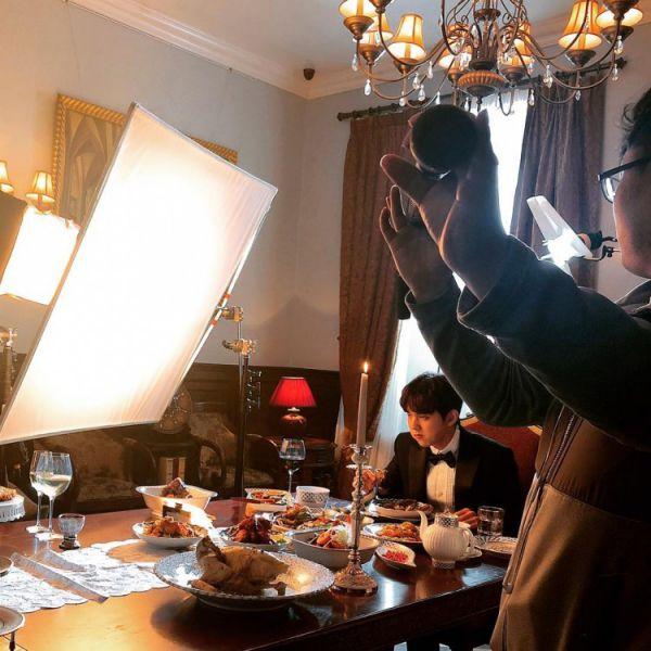 """""""Bok Soo Is Back"""" hé lộ ảnh phim trường đầu tiên của Yoo Seung Ho 3"""
