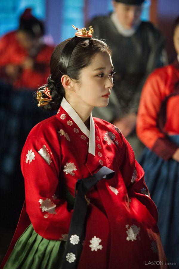 """""""Empress's Dignity"""": Phim cổ trang của Jang Nara sắp lên sóng tháng 11 6"""