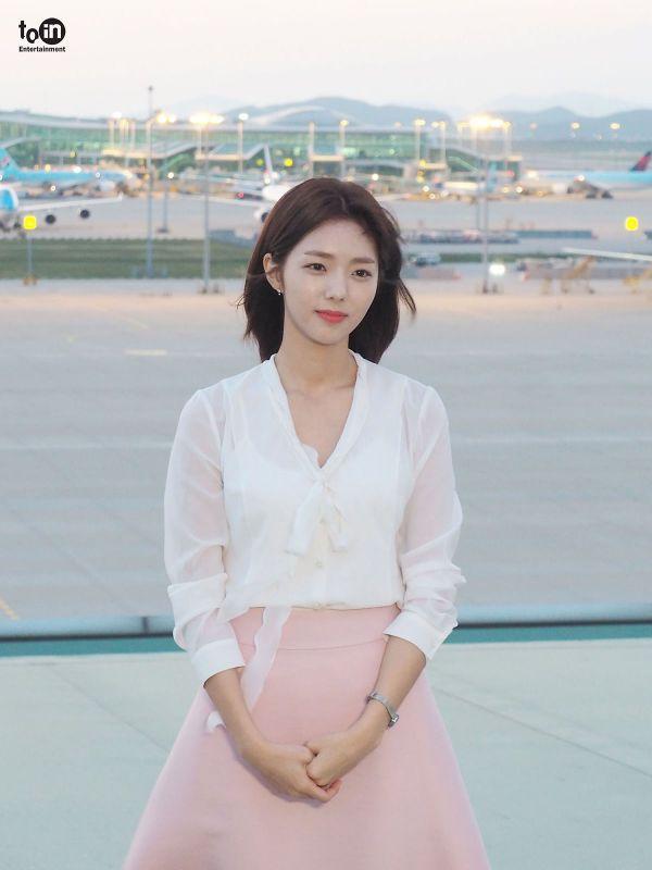 """Hậu trường phim """"Where Stars Land"""", Chae Soo Bin xinh đẹp ngọt ngào 2"""