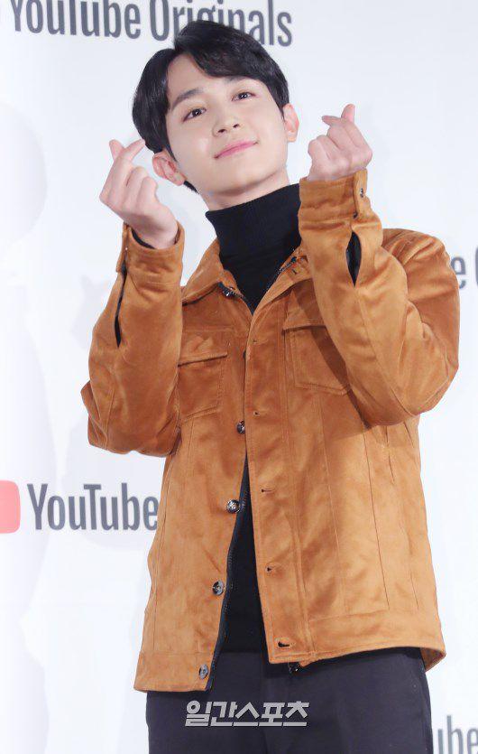 """Họp báo """"Top Management"""": Cha Eun Woo, Ahn Hyo Seop đẹp quá! 12"""