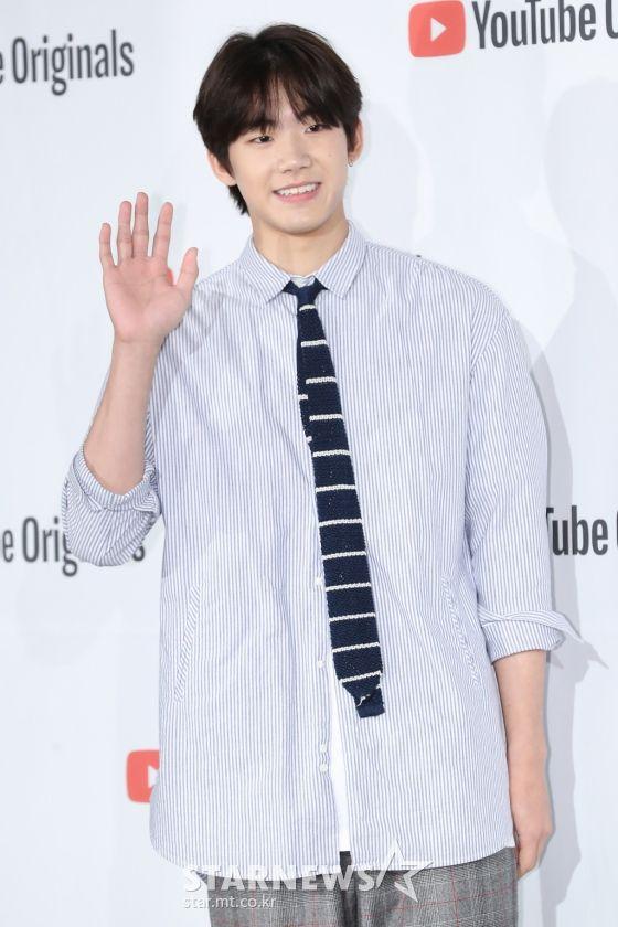 """Họp báo """"Top Management"""": Cha Eun Woo, Ahn Hyo Seop đẹp quá! 14"""